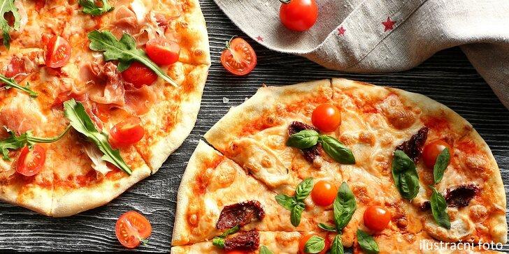 Dvě křupavé pizzy dle vlastního výběru v centru Ostravy