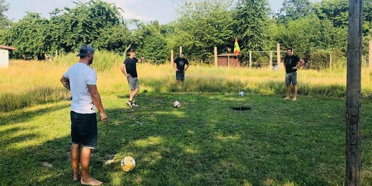 Zábava pro celou rodinu: Šestnáctijamkové hřiště na FotbalGolfu Chrudim