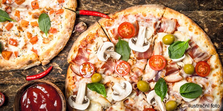 Italská specialitka: 2 čerstvě nazdobené pizzy dle výběru o průměru 32 cm