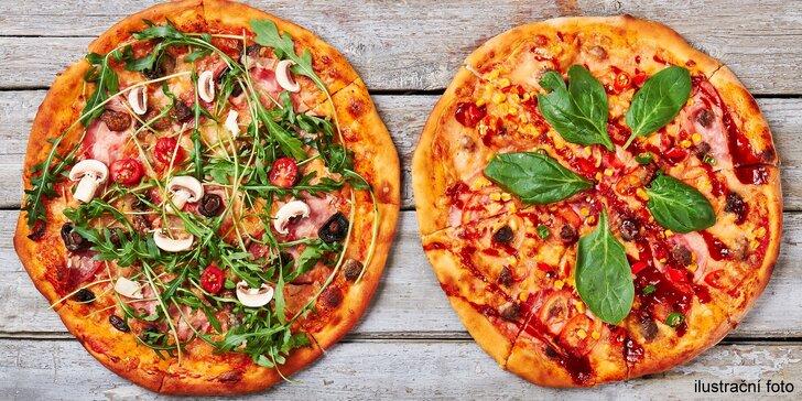 2 křupavé pizzy podle výběru s rozvozem zdarma do vybraných oblastí
