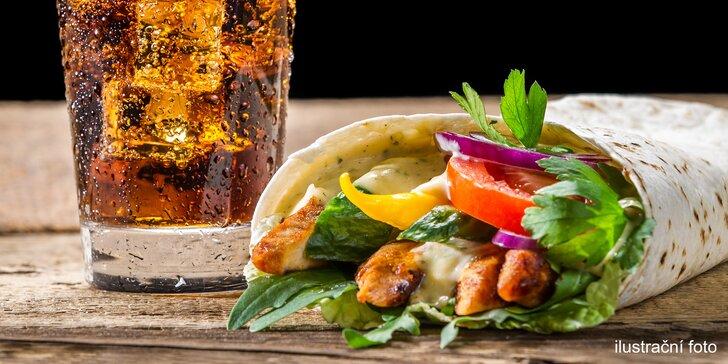 Zažeňte hlad: velký kebab v chlebu nebo v tortille i s pitím v centru Brna