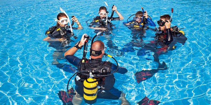 Staňte se potápěčem: kompletní kurz indoor potápění v bazénu u Prahy