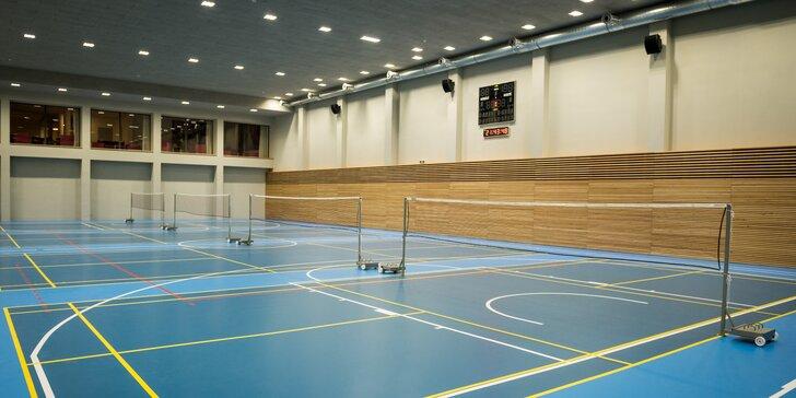 Odpočiňte si aktivně: 1 nebo 5 vstupů na badminton a wellness s vířivkou