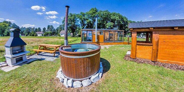 Vagón plný pohody: wellness pobyt s privátní vířivkou, koupací kádí i saunou