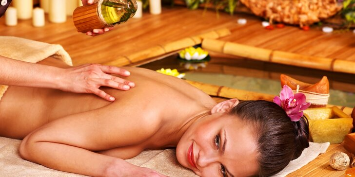 Maximální uvolnění se sezamovým olejem: Masáž zad, šíje, chodidel a lýtek