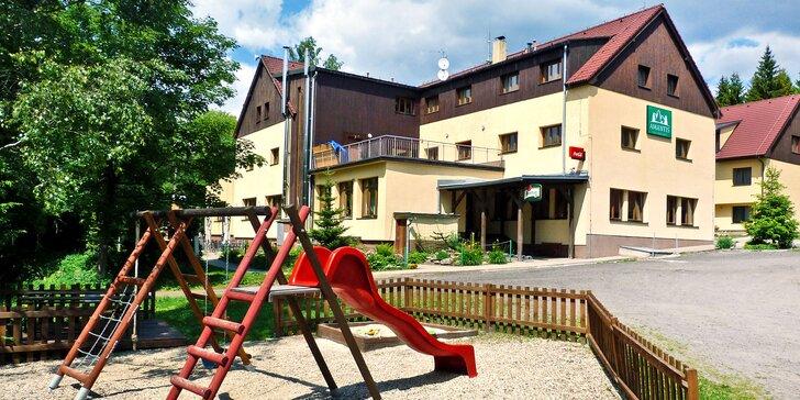 Rodinná dovolená v Jizerských horách: polopenze, wellness, sport a výlety