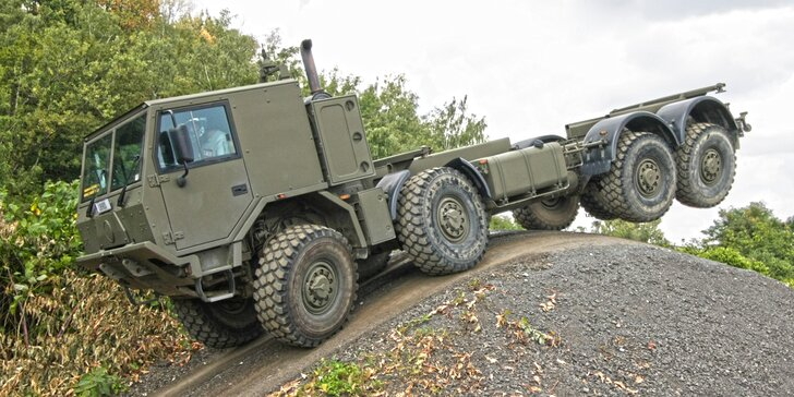 Jízda v kabině giganta Tatra 813 8x8 Truck Trial nebo 815-7: 15–60 minut