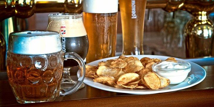 Pivařovo pokušení pro 2 či 4: piva z pestré nabídky a domácí chipsy