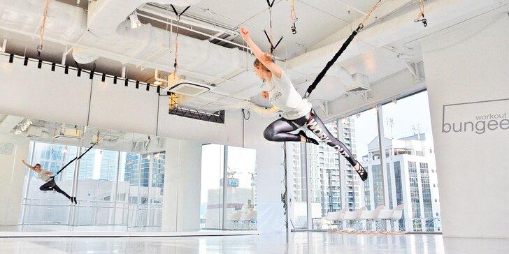 Lekce zábavného bungee cvičení nebo kredity na jakékoli lekce ve fitku