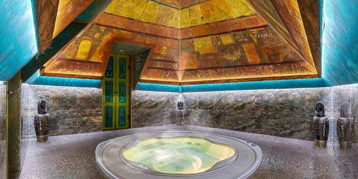 2 hodiny relaxu v pyramidě v egyptském stylu: privátní vířivka i slaný bazén