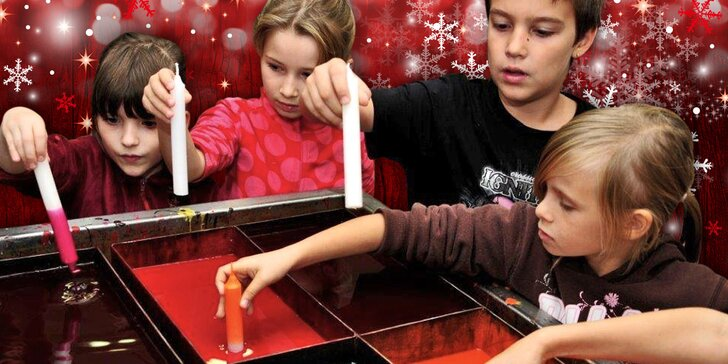 Nalaďte se na Vánoce: vyrábění a zdobení dřevěného svícnu a adventní svíčky