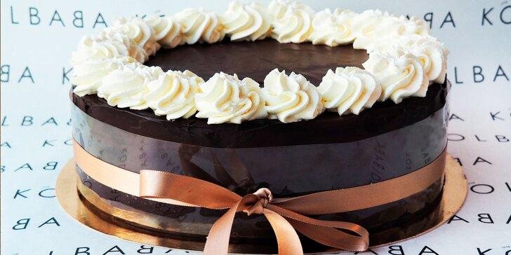 Úžasné mlsání od Kolbaby: borůvkový dort nebo smetanový sachr
