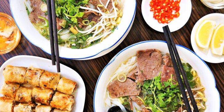 Vietnamské speciality v centru města: phở a jarní závitky pro 1 nebo 2 osoby