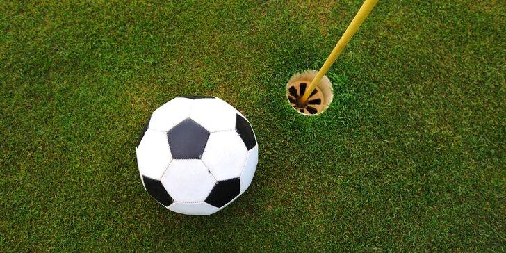 Trochu jiný golf – fotbalgolf: celodenní vstupné na fotbalgolfové hřiště