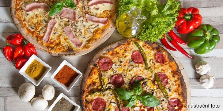 2 pizzy dovezené až k vám, rozvoz ve vybraných lokalitách zdarma