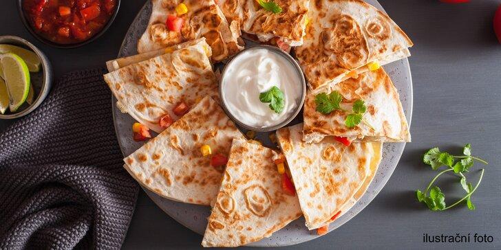 Pauza na Mexiko: Čerstvá quesadilla plněná dle výběru pro 1 nebo 2