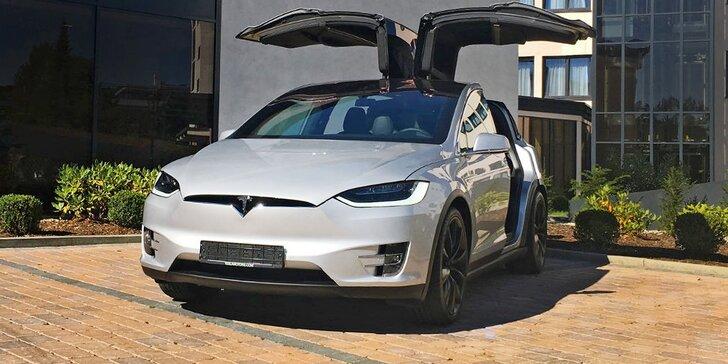 Svezte se v nejrychlejším elektromobilu: SUV Tesla X P90D na 15 min. i měsíc