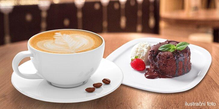 Káva Segafredo pro 1 nebo 2 a čoko fondán se zmrzlinou a šlehačkou
