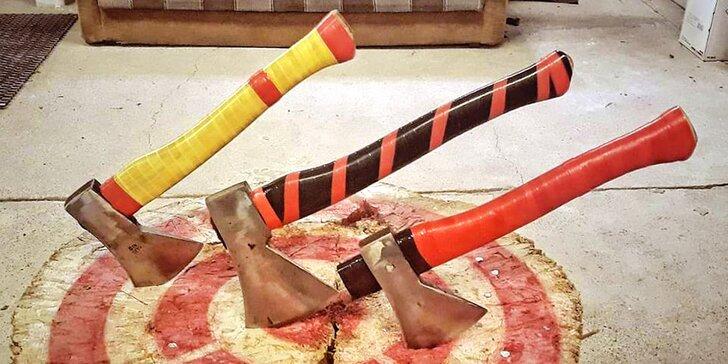 Zábava po dřevorubecku pro partu až 5 osob: až 60 minut házení sekerou