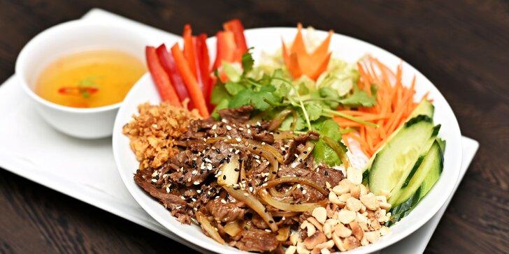 Vietnamské menu pro 1 či 2: Předkrm i hlavní chod podle výběru