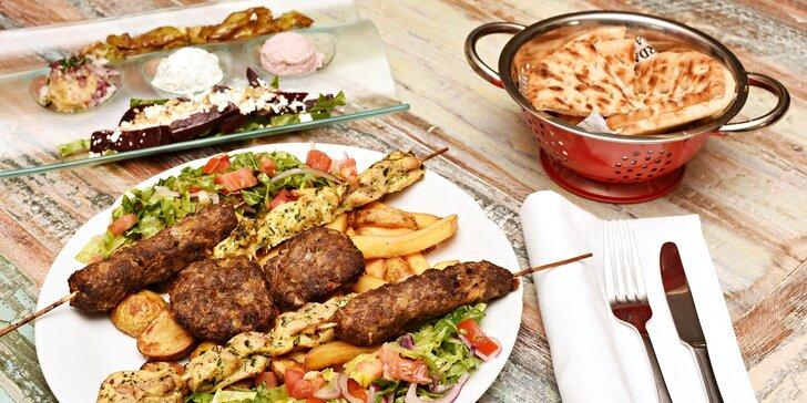 Pestré dvouchodové řecké menu pro 2: předkrmy, 3 druhy masa a přílohy