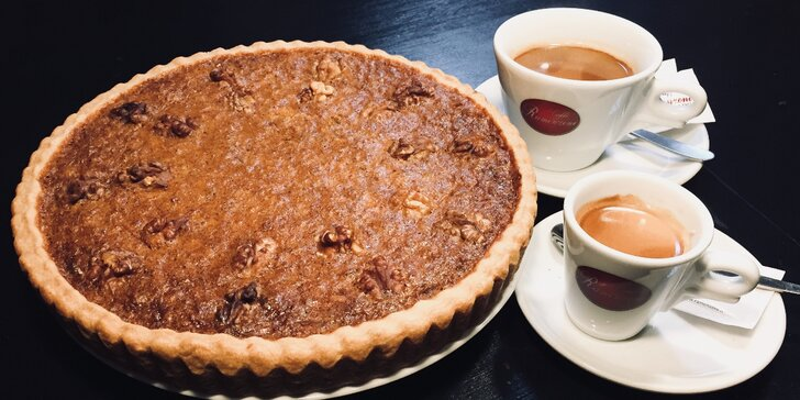 Zaskočte na kávu: espresso nebo lungo i s koláčem pro 1 i 2 osoby