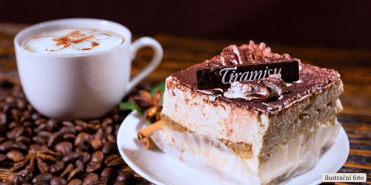 Sladká pauza v restauraci U Lilie: horký nápoj a tiramisu pro 1 či 2 osoby