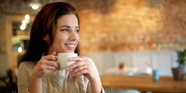 Jogurtové tiramisu a káva nebo čaj v oblíbeném Yobaru