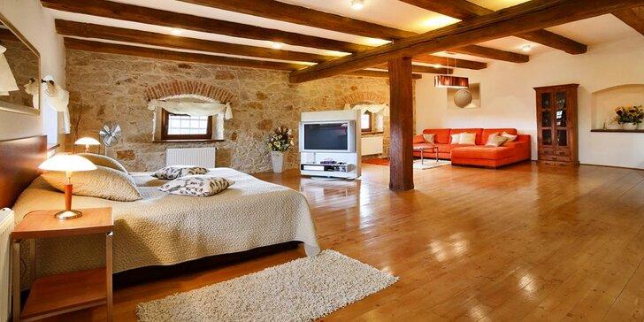 Romantika v luxusním apartmánu nebo sýpce se snídaní či polopenzí