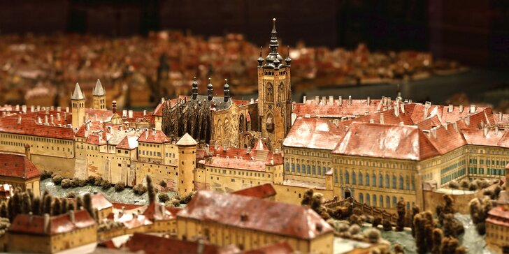 Hurá do Muzea hl. m. Prahy: výstavy 1848 → 1918, Strašnice i stálá expozice