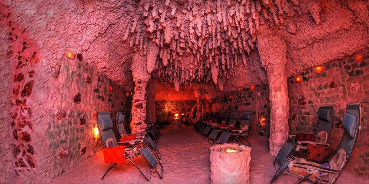Odpočiňte si v největší solné jeskyni: vstup na 45 minut pro jednu osobu