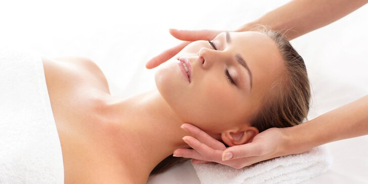 Dokonalé uvolnění: Levandulová masáž zad a šíje, nebo celého těla