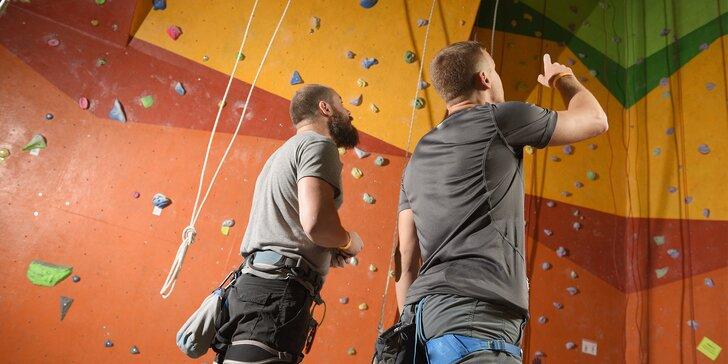 2hod. kurzy lezení na horolezecké stěně pro začátečníky i pokročilé