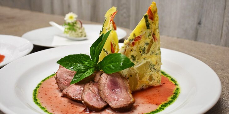 5chodové svatomartinské menu: husí paštika, kaldoun, kachní prsa i štrúdl