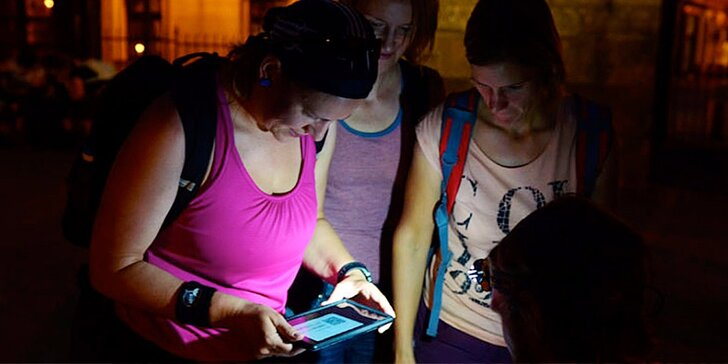 Hádanky skryté v ulicích města: Outdoorová únikovka až pro 5 hráčů