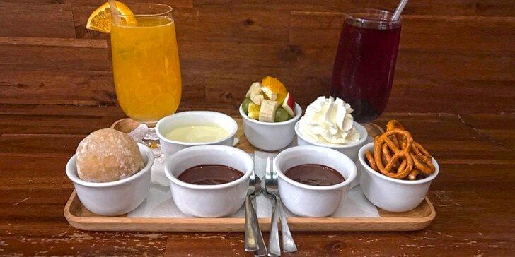 Čokoládové degustační menu pro dva servírované jako fondue