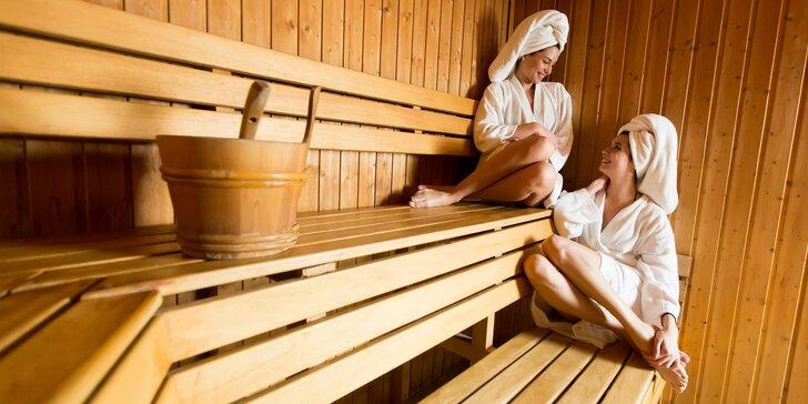 Sauna klub ve Finské: saunování, peeling i masáž a zábal v dámském balíčku