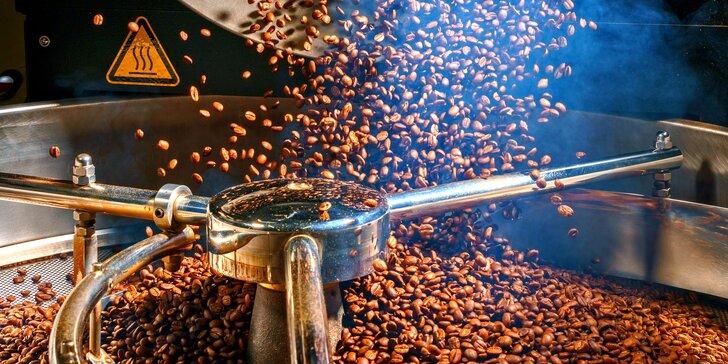 Exkurze do pražírny kávy, ochutnávka i balíček arabiky domů