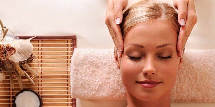 Čokoládová péče: masáž hlavy a dekoltu čokoládovým aroma a čokoládou