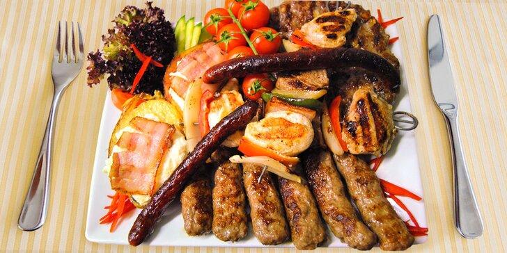 Chutný a bohatý kalemegdanský mix grill pro dva