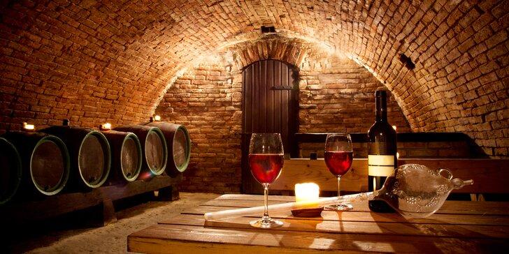 Romantika uprostřed vinic: gurmánská polopenze i volná konzumace vína