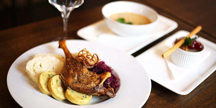Dejte si hostinu a podpořte dobrou věc: svatomartinské menu pro 2 osoby