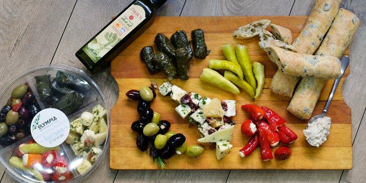 Řecké delikatesy v hodnotě až 1500 Kč: olivy, sýry nebo třeba mořské plody