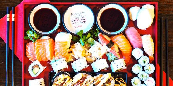 Sushi set se 48 kousky: losos, tuňák, krevety i avokádo nebo dýně