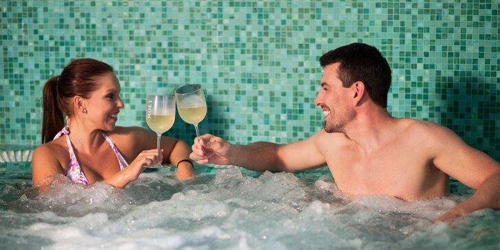 Relax i výlety v Krkonoších: polopenze, wellness a aktivní zábava pro dva