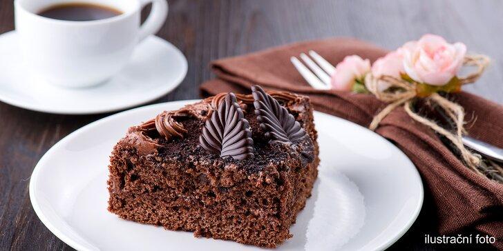 Otevřený voucher do kavárny U Mlsného kocoura: káva, dortíky i zmrzlina