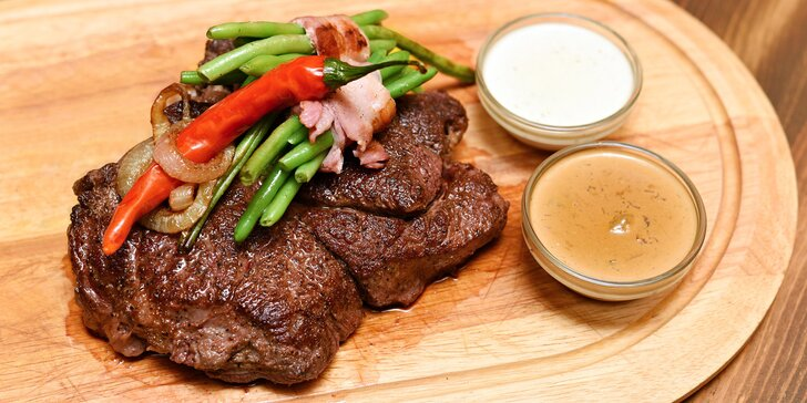 Hovězí steaky Bolar Blade s omáčkou a přílohou: 500g nebo dva 250g kusy