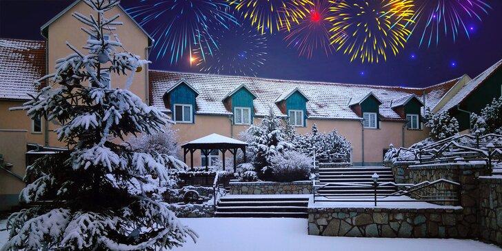 Silvestr na Vysočině pro dva: skvělá polopenze, párty, ohňostroj i wellness