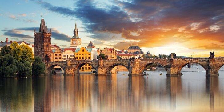 Zábava i poučení: komentované vycházky po Praze podle výběru