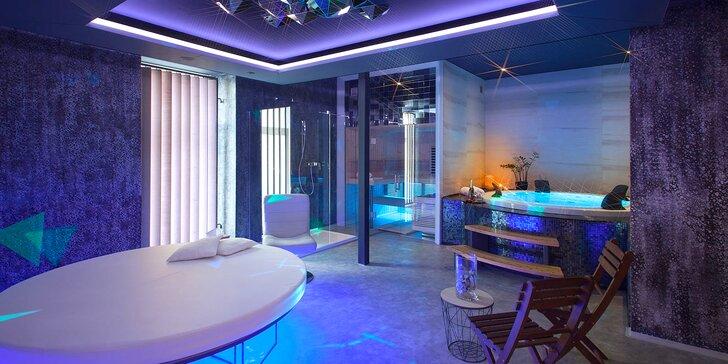 90 minut v privátním wellness s vířivkou a finskou saunou až pro 4 osoby